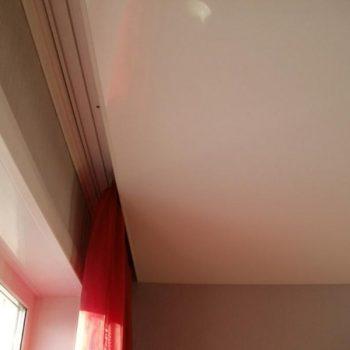 Скрытый карниз в натяжном потолке
