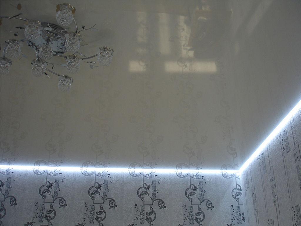 Парящий натяжной потолок от производителя Ремонтофф. Натяжные потолки в Анапе под ключ.