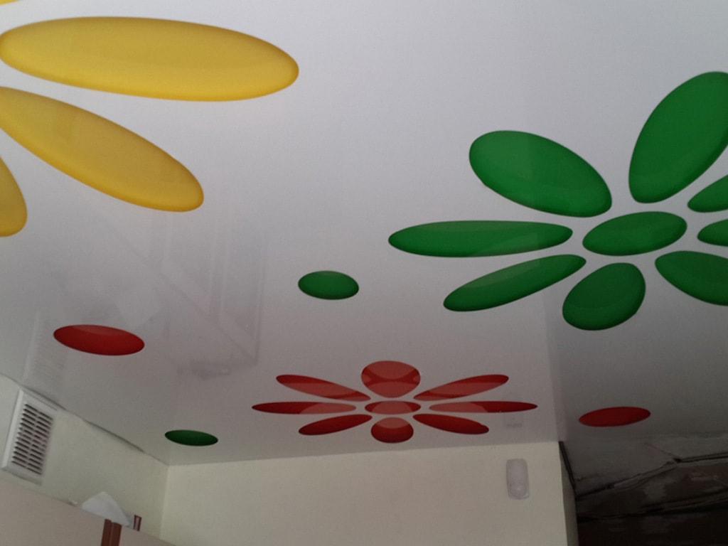 Натяжные потолки с перфорацией фото Ремонтофф. Натяжные потолки в Анапе под ключ.