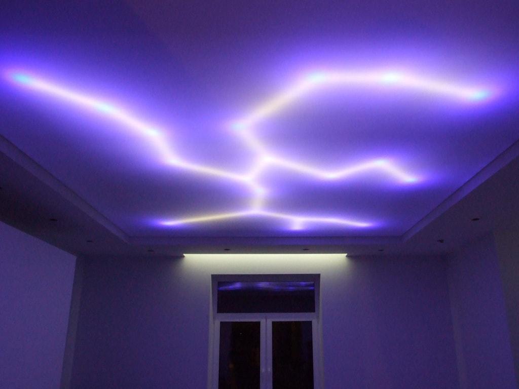 Натяжные потолки с подсветкой фото Ремонтофф. Натяжные потолки в Анапе под ключ.