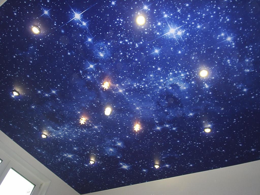 Потолок звездное небо от производителя Ремонтофф. Натяжные потолки в Анапе под ключ.